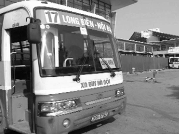 Xe khách tuyến trung tâm Hà Nội đi sân bay Nội Bài: Hành khách không lo hạn chế về hành lý ảnh 1