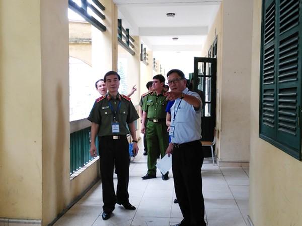 Đoàn công tác liên ngành CATP Hà Nội và Sở GD-ĐT kiểm tra cơ sở vật chất tại các địa điểm thi