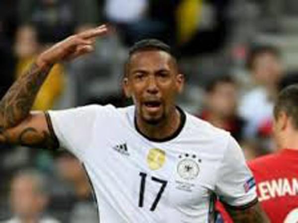Nội bộ đội tuyển Đức lục đục