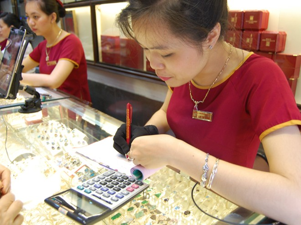 Hiệp hội Kinh doanh vàng Việt Nam đề xuất hàng loạt giải pháp tháo gỡ cho các doanh nghiệp kinh doanh vàng trang sức