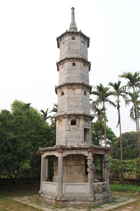 Bí ẩn Bút Tháp(Kỳ 1): Kỳ quan tháp đá Báo Nghiêm