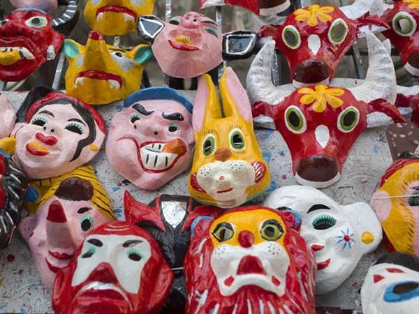 Lễ hội mặt nạ chào Trung thu