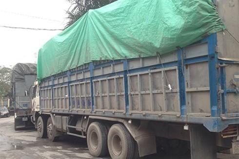 Đội CSKT, CAQ Ba Đình phối hợp với Cục Chống buôn lậu (Bộ Công an) triệt phá vụ án hàng lậu với số lượng lớn