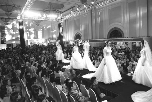 Thời trang cưới năm 2016