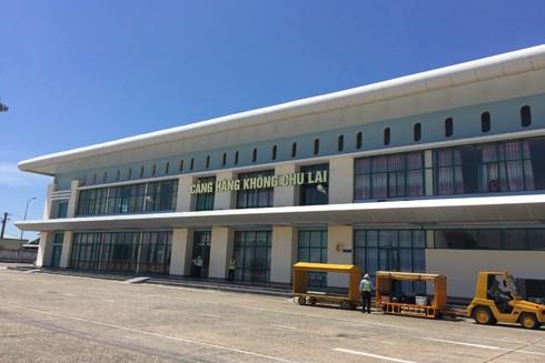 Nhiều sân bay hiện trong tình trạng ế ẩm, phải bù lỗ