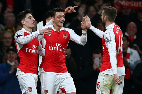 Arsenal hy vọng gặt hái thành công ngay trên sân của PSG