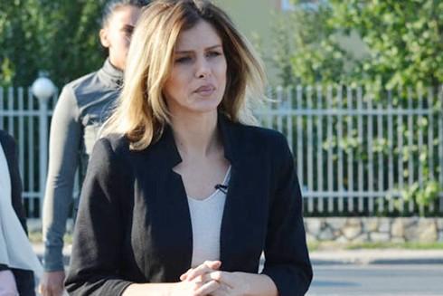 Người mẫu Slobodanka Tosic trong một lần đến dự tòa
