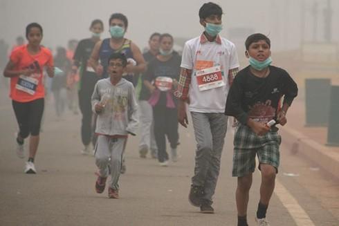 """""""Giặc"""" khói bụi hoành hành tại Ấn Độ ảnh 1"""