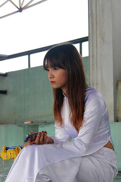 Hình ảnh đẹp của các cổ động viên tại giải bóng đá học sinh THPT Hà Nội ảnh 4