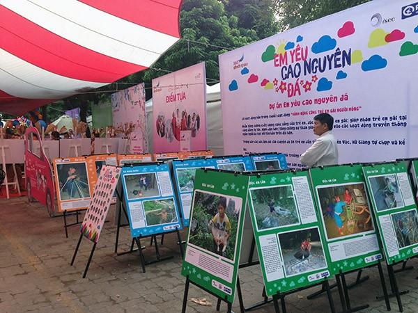 Những dự án do các tổ chức phát triển xã hội thực hiện được đem tới triển lãm