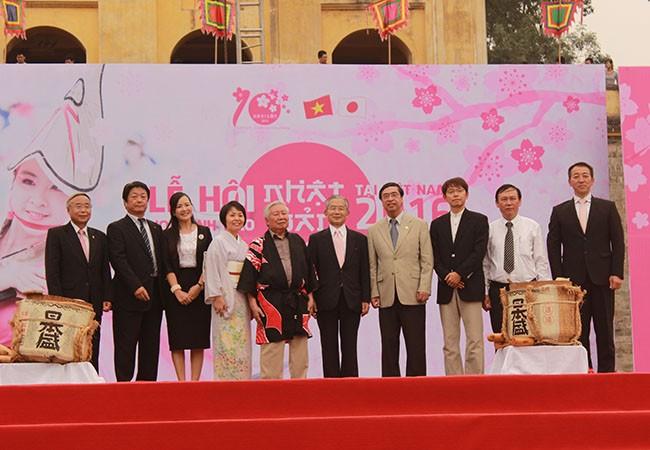 Lễ hội hoa Anh Đào 2016, thắt chặt quan hệ hữu nghị Việt – Nhật ảnh 3