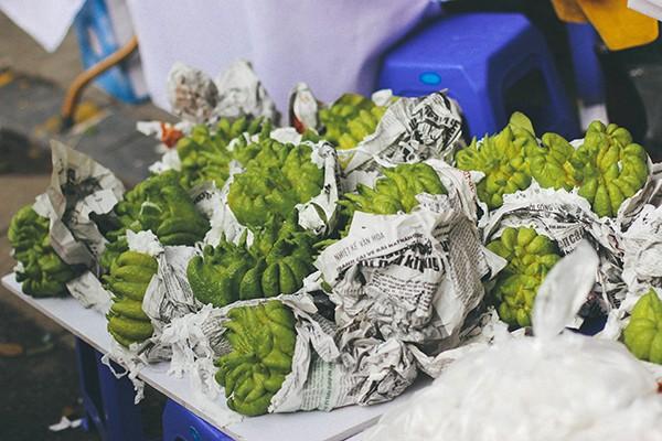 Một vòng chợ hoa Hàng Lược trước thềm Tết Đinh Dậu ảnh 7
