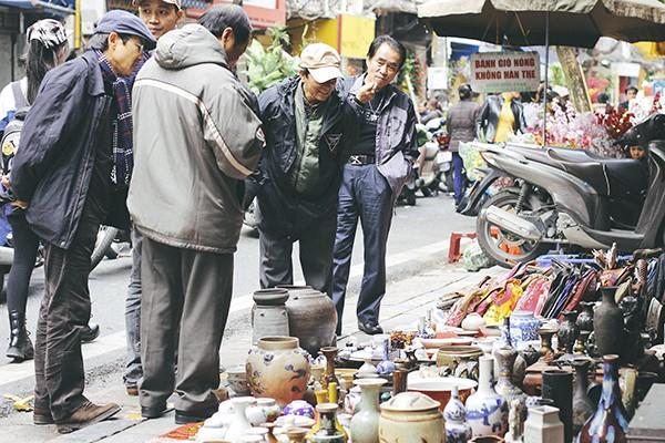 Một vòng chợ hoa Hàng Lược trước thềm Tết Đinh Dậu ảnh 13