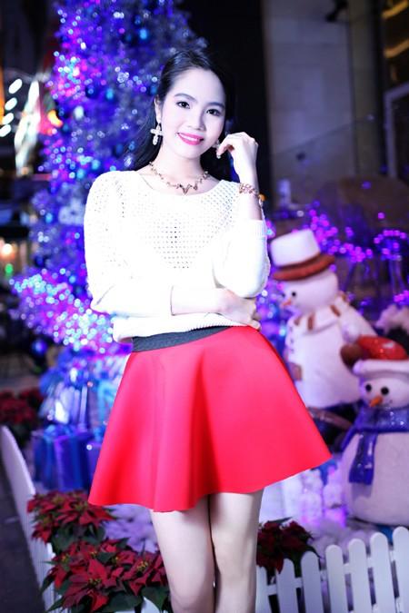 Dương Kim Ánh rạng ngời trong bộ ảnh đón Giáng sinh ảnh 6