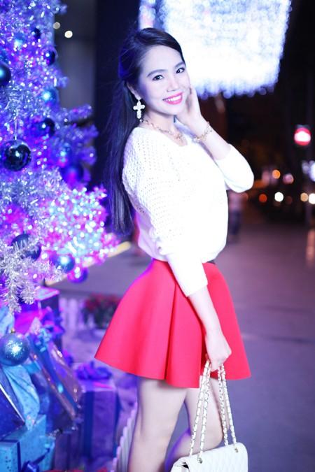Dương Kim Ánh rạng ngời trong bộ ảnh đón Giáng sinh ảnh 2