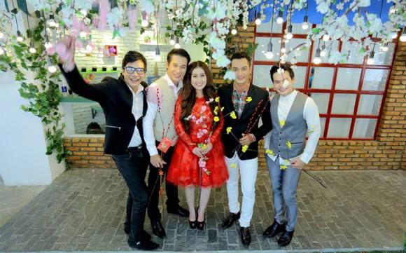 MC Kim Trang làm MV nhạc xuân tặng fan hâm mộ ảnh 8