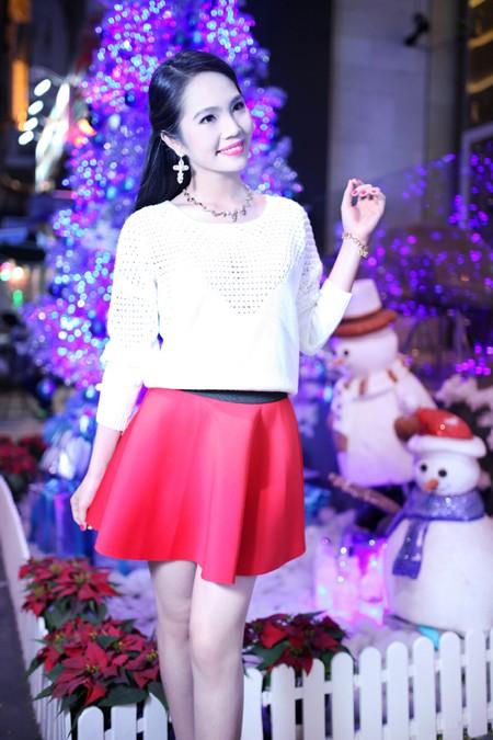 Dương Kim Ánh rạng ngời trong bộ ảnh đón Giáng sinh ảnh 5