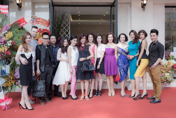 Dàn sao hội tụ chúc mừng MC Thanh Mai ảnh 11