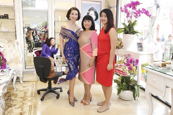 Dàn sao hội tụ chúc mừng MC Thanh Mai ảnh 6