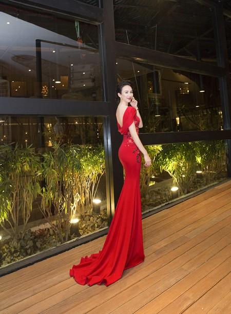 Hoa hậu Ngọc Diễm khoe dáng ngọc cùng sắc đỏ ảnh 6