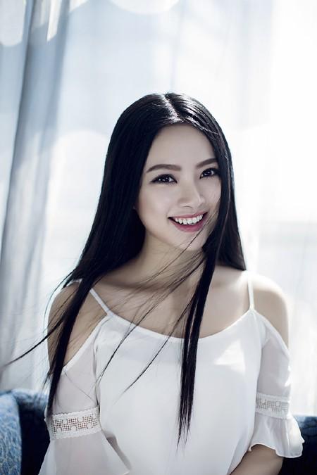 Hoa hậu Ngọc Anh cực cuốn hút trong bộ ảnh mới ảnh 6