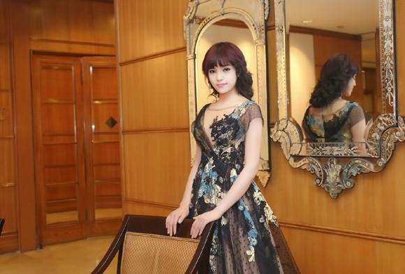 Hoa hậu Kỳ Duyên lộng lẫy với mái tóc mới ảnh 7