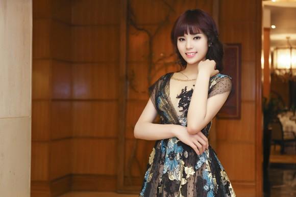 Hoa hậu Kỳ Duyên lộng lẫy với mái tóc mới ảnh 2