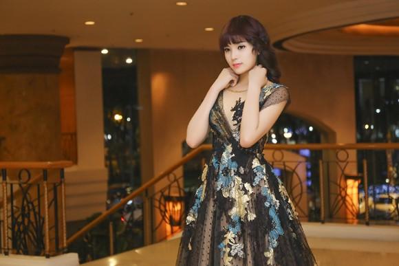 Hoa hậu Kỳ Duyên lộng lẫy với mái tóc mới ảnh 6