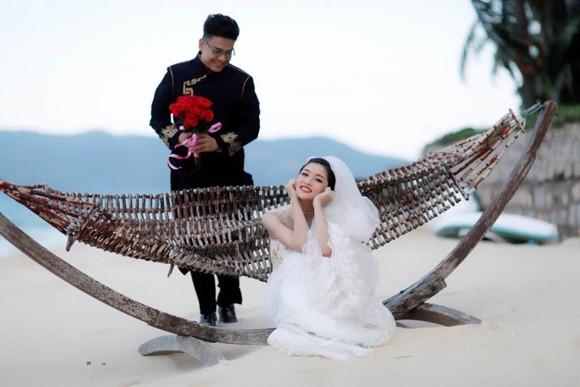 """Hoa hậu Triệu Thị Hà """"lên xe hoa"""" với tài tử Hồng Kông ảnh 4"""