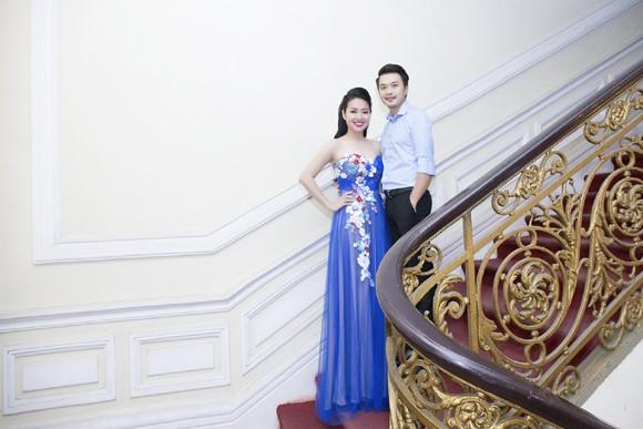 """Lê Khánh """"tái xuất"""" rạng ngời sau đám cưới ảnh 2"""