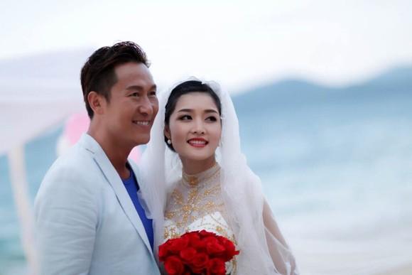 """Hoa hậu Triệu Thị Hà """"lên xe hoa"""" với tài tử Hồng Kông ảnh 3"""