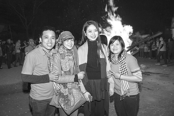 Hoa hậu Ngọc Anh mang đông ấm về xứ Thanh ảnh 9