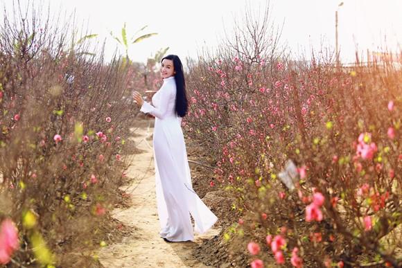 Hot girl đa tài Lương Giang rạng ngời đón xuân ảnh 3