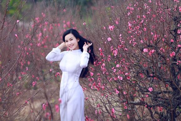 Hot girl đa tài Lương Giang rạng ngời đón xuân ảnh 2