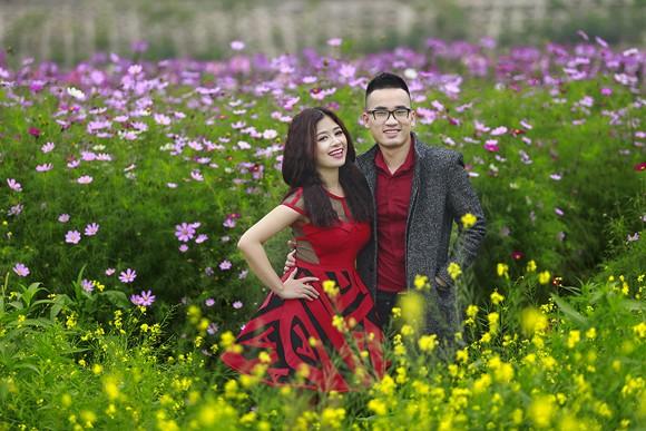 Cặp quán quân Hà Duy - Hoàng Yến lãng mạn giữa vườn hoa xuân ảnh 5