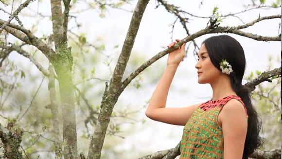 Choáng ngợp mùa xuân vùng cao trong thiết kế của Vũ Việt Hà ảnh 8
