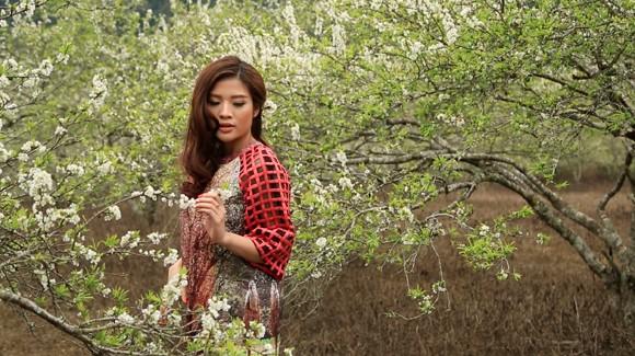 Choáng ngợp mùa xuân vùng cao trong thiết kế của Vũ Việt Hà ảnh 5