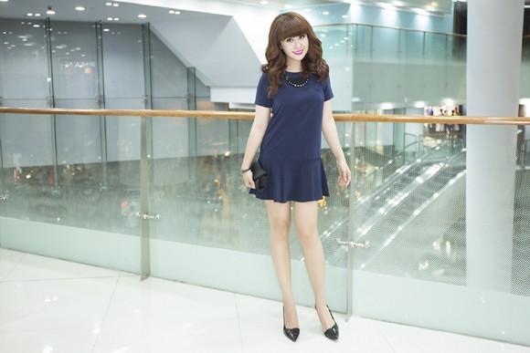 Vẻ đẹp búp bê của giám khảo Lưu Thiên Hương ảnh 3