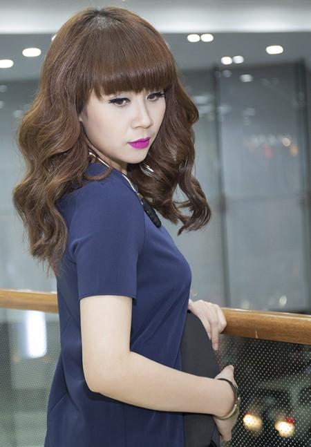 Vẻ đẹp búp bê của giám khảo Lưu Thiên Hương ảnh 6
