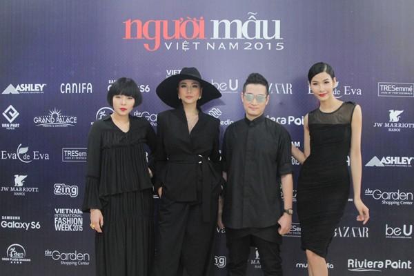 """Thanh Hằng diện nguyên """"cây"""" hàng hiệu chấm thi Next Top Model tại Hà Nội ảnh 3"""