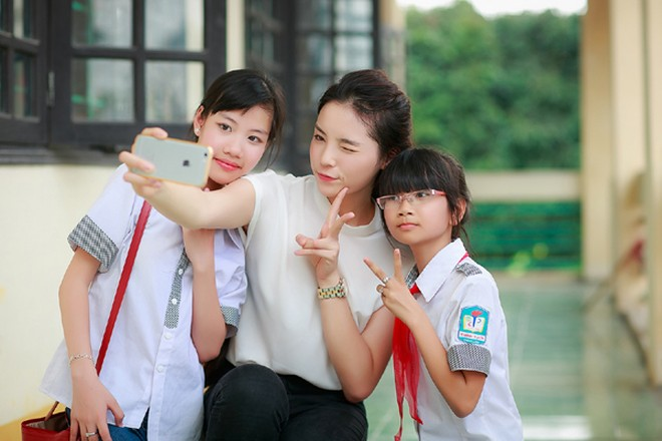 Hoa hậu Kỳ Duyên diễn hài cùng Xuân Bắc, Tự Long ảnh 9