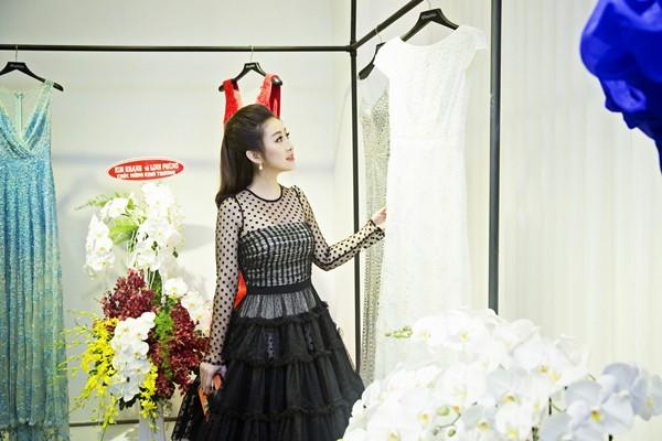MC Kim Trang rạng ngời cùng bầu Hoà dự tiệc thời trang ảnh 3