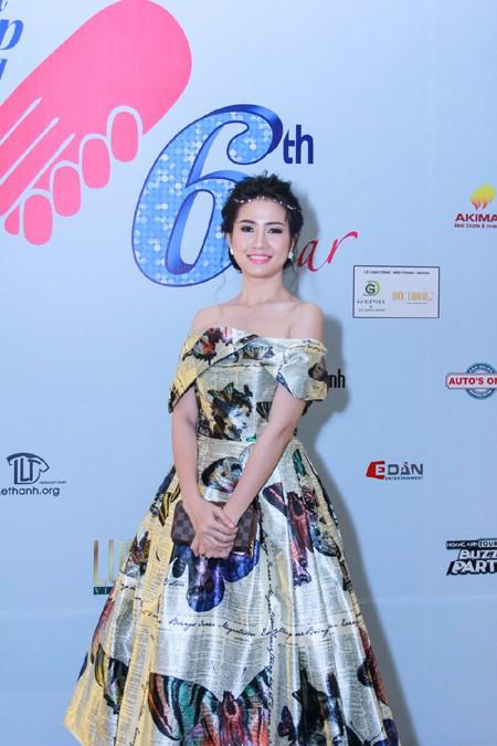 """Phan Thị Mơ lộng lẫy dự gala """"Người đẹp và lòng nhân ái"""" ảnh 2"""