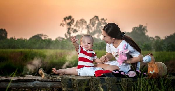 """""""Cô gái vàng"""" của Bellydance Việt Nam khoe ảnh hạnh phúc bên con trai ảnh 7"""