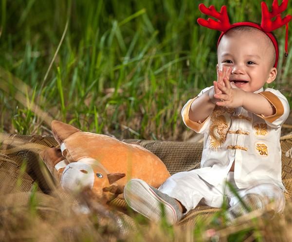 """""""Cô gái vàng"""" của Bellydance Việt Nam khoe ảnh hạnh phúc bên con trai ảnh 5"""