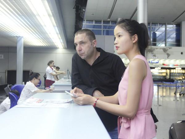 """Chà Mi nối gót """"đàn chị"""" sang Milan chinh phục sàn diễn thời trang quốc tế ảnh 8"""