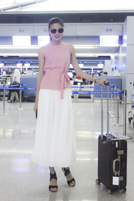 """Chà Mi nối gót """"đàn chị"""" sang Milan chinh phục sàn diễn thời trang quốc tế ảnh 7"""