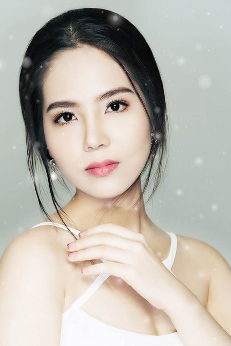 Cận cảnh vẻ đẹp mong manh của Á hoàng sắc đẹp Dương Kim Ánh ảnh 5