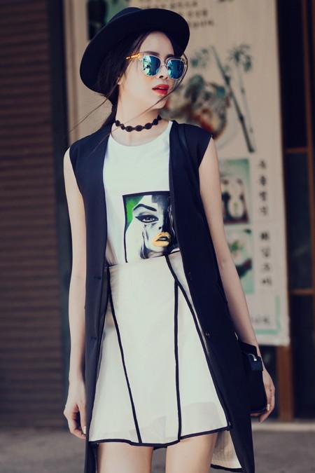Diễn viên Sella Trương diện street style ấn tượng xuống phố ảnh 6
