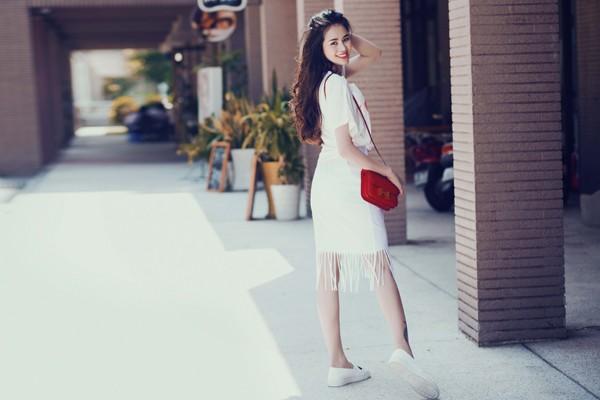 Diễn viên Sella Trương diện street style ấn tượng xuống phố ảnh 4